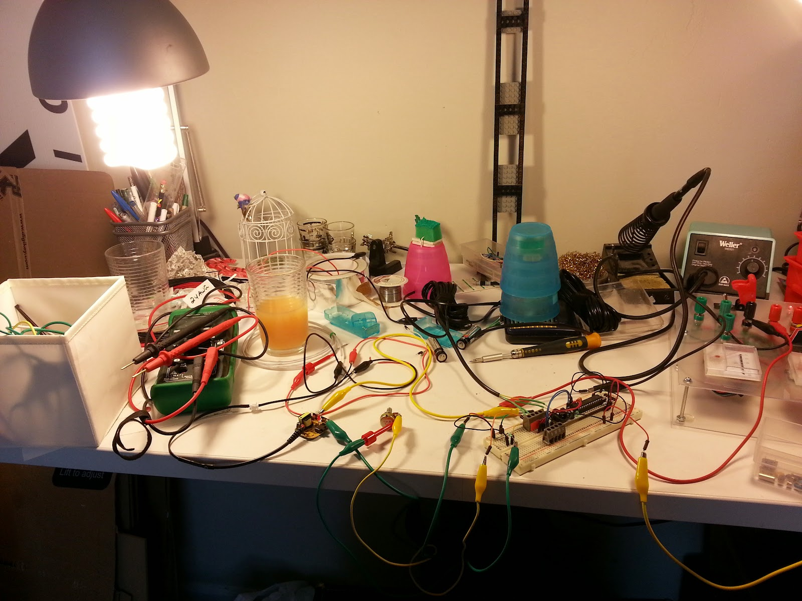 The Deambulatory Matrix Experiments In Dimming El Wire Using Pwm 2013 Wallpapers Quiz Buzzer Circuit Final Setup With Arduino Rbbb Messy Desk Breakfast Juice And All To Supply A Test Signal I Simply Used From My Game Buzzers