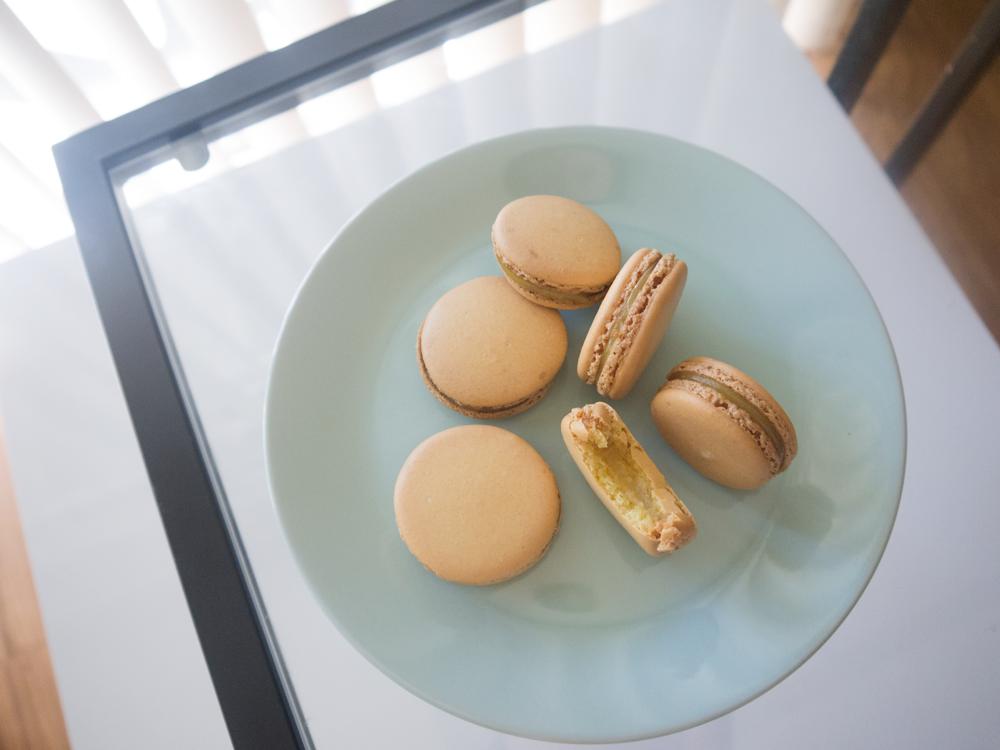 Lemon Macarons and a few tips