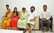 Pawan Kalyan meets Srija n family-thumbnail-10