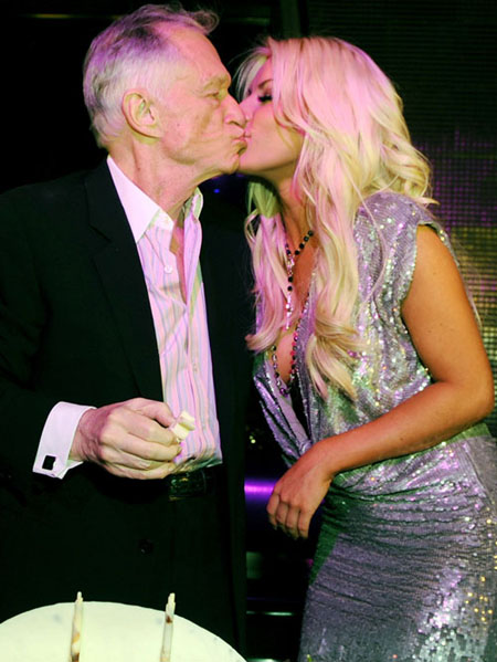 Chatter Busy Hugh Hefner And Crystal Harris Happily Back