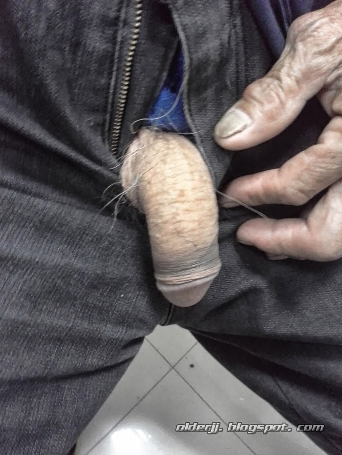 penis showing their Old men