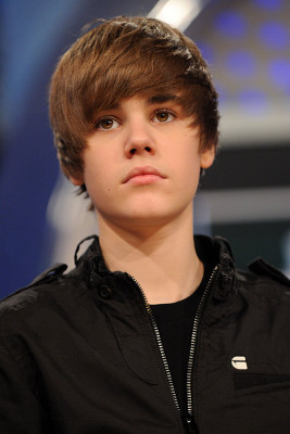 Justin Bieber Hairstyles, Justin Bieber Photos