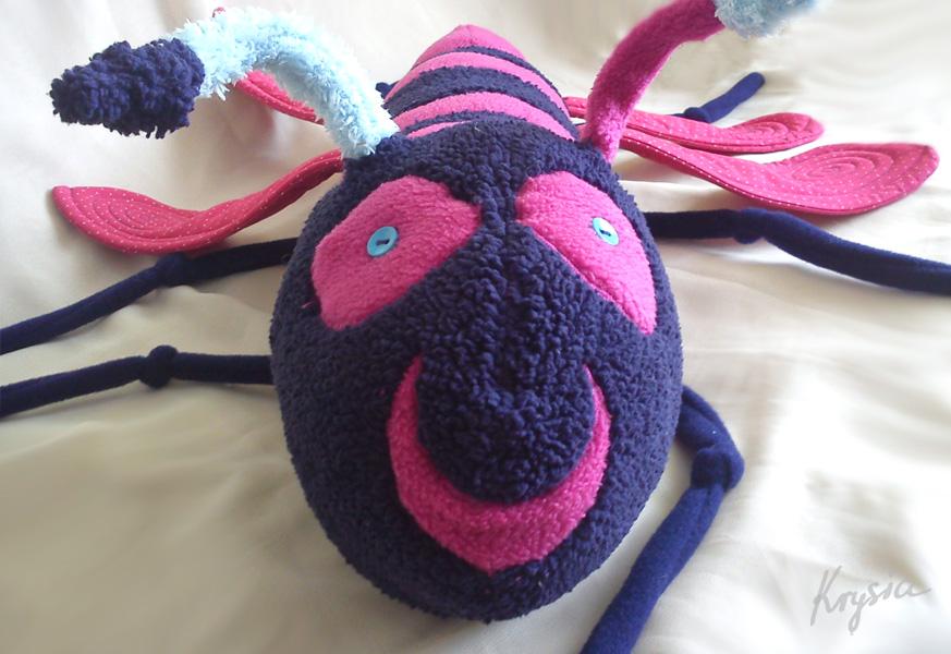 maskotka owad robak robal