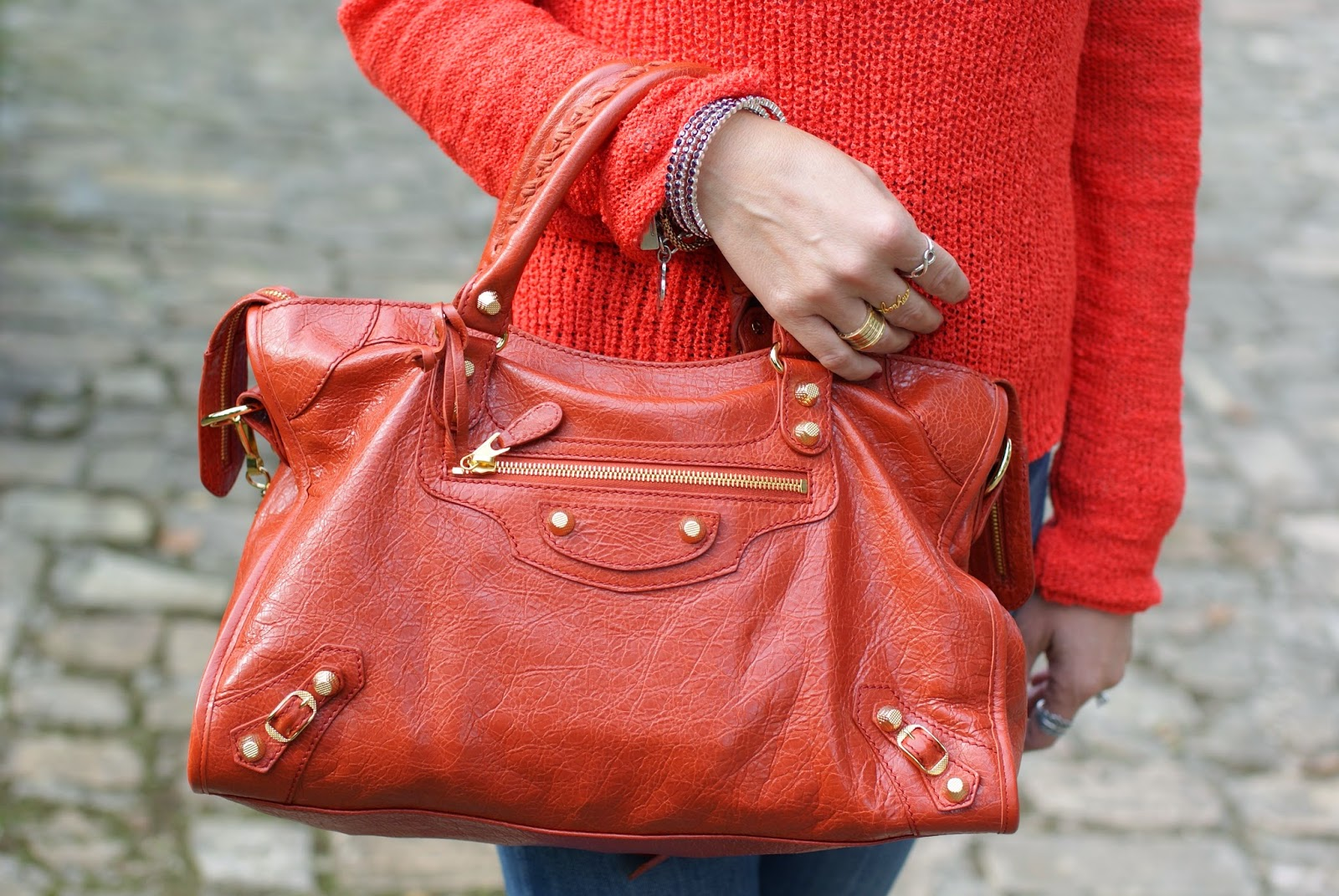 Balenciaga City rouge ambre bag, Luca Barra bangle, Fashion and Cookies, fashion blogger
