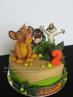 bolo aniversário rei leão bragança