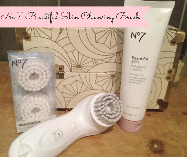 Review No 7 Beautiful Skin Cleansing Brush Fizzy
