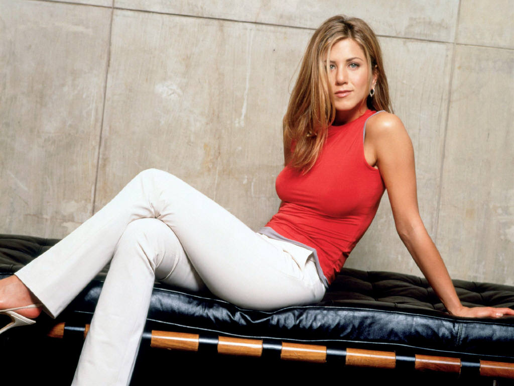 http://4.bp.blogspot.com/-PecSMcLh73o/TmNoN1pqglI/AAAAAAAAEJ8/V7FswddgAA0/s1600/Jennifer+Aniston+New+HD+Wallpapers+03.jpg
