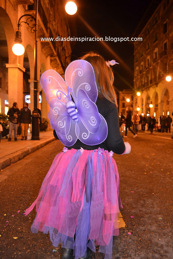 Días de Inspiración: Disfraz de hada-mariposa con un tutú.