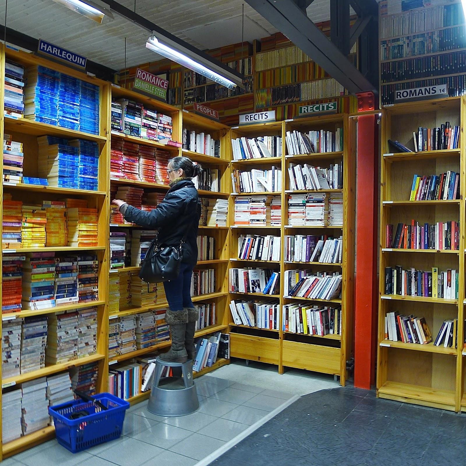 This is belgium p le m le second hand books etc - Huis van de wereld pele mele ...