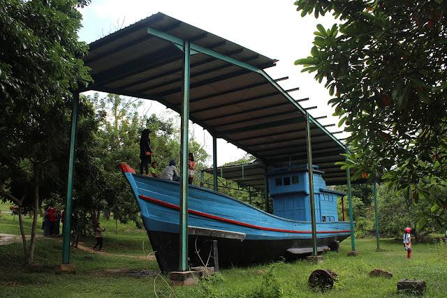 Manusia Perahu Kampung Vietnam Batam