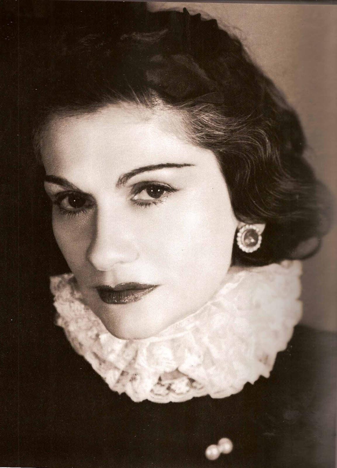 http://4.bp.blogspot.com/-Pf7HIu1RsWg/UDKIpGqvawI/AAAAAAAAAQI/q0gIkaAvWlU/s1600/Coco+Chanel.jpg