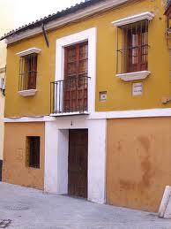 Sevilla tiene un color especial (canción)