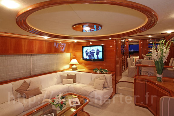 Family yacht charter in Antibes and Cannes, Ferretti 80 Lady Sofia