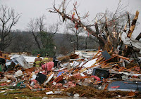 http://sciencythoughts.blogspot.co.uk/2015/03/oklahoma-tornadoes-kill-one-injure.html