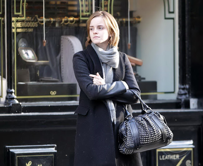 photos of EMMA WATSON Shopping in Chelsea