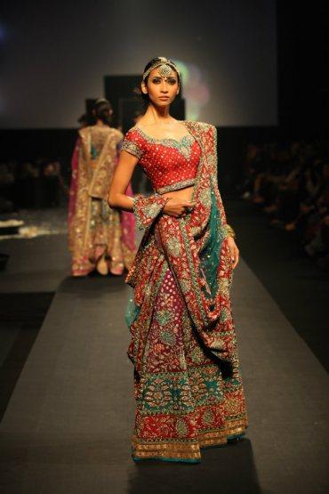 Indian Jewellery and Clothing: Lehngas in Ritu Kumar's ... - photo #7