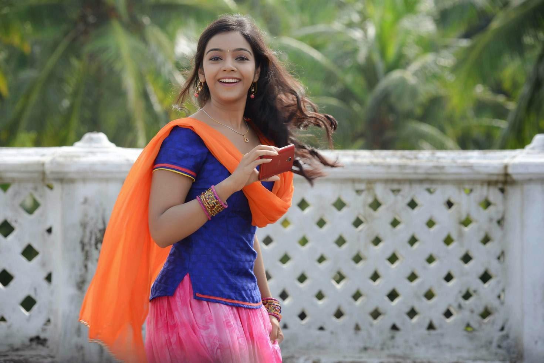 Neetu new Young Telugu Actress stills from movie Dagudu Mootha Dandekar