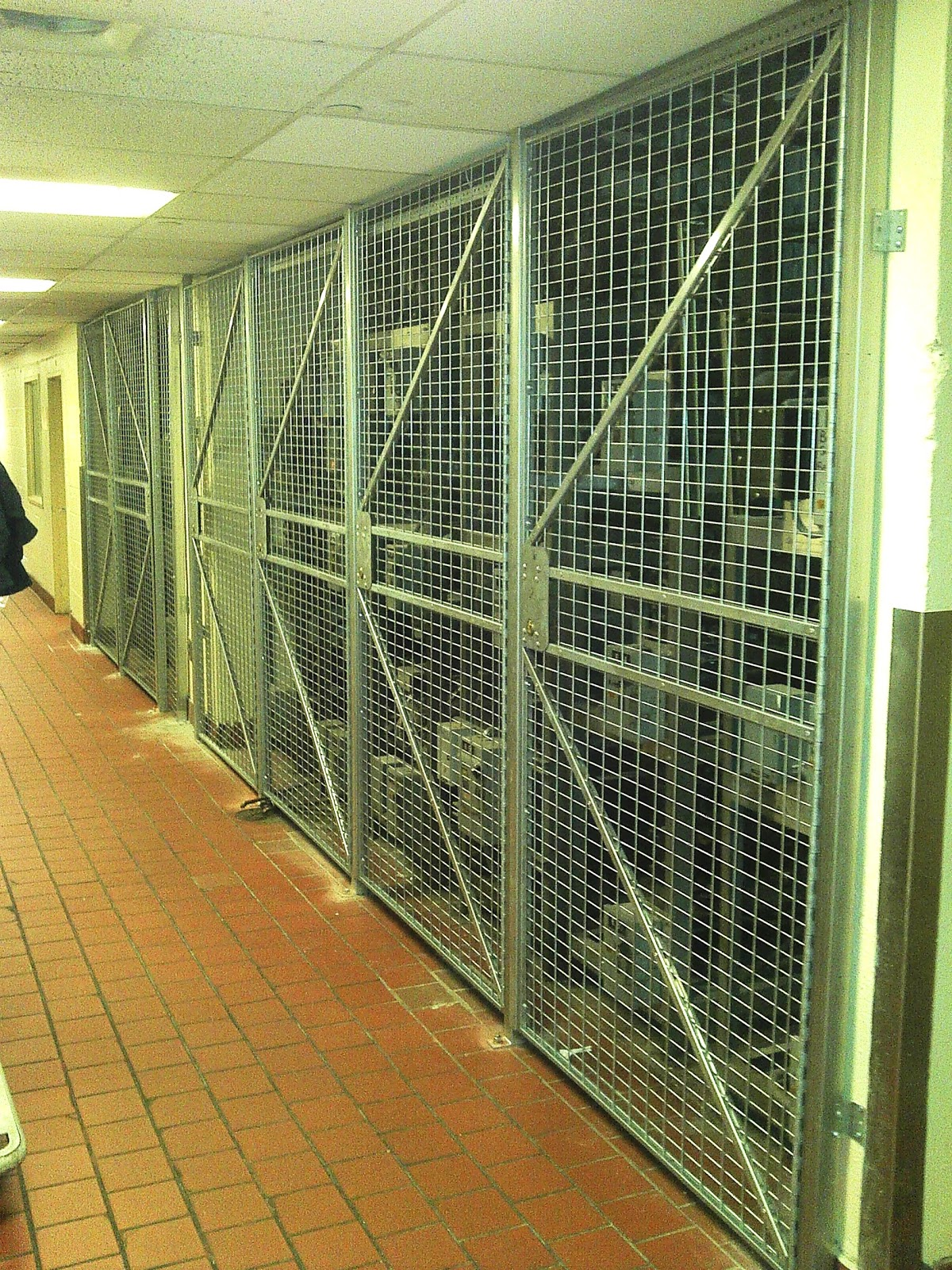Gale\'s Industrial Supply - Storage Solutions: Wire Partitions in ...