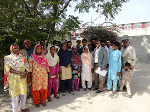 Cheif of LEAD with the people of Village Jago Wala