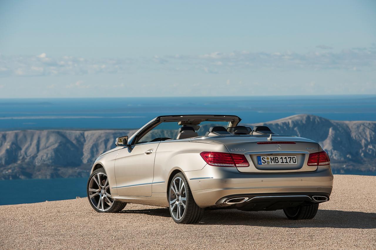 [Resim: Mercedes-Benz+E+Serisi+Cabriolet+2.jpg]
