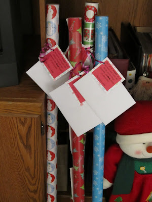 Neighbor wrapping paper gift idea What's the Deal