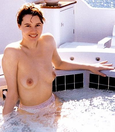 Labels: geena davis topless, nude geena davis