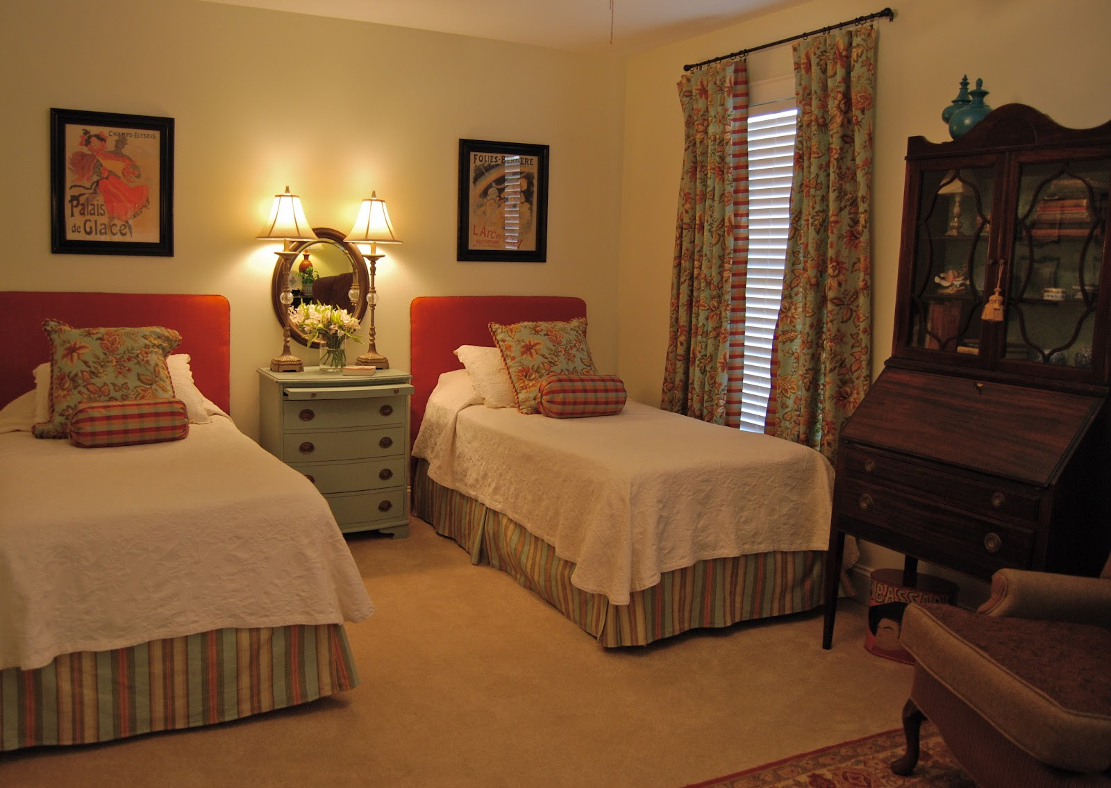 1000+ Ideas About Two Twin Beds On Pinterest