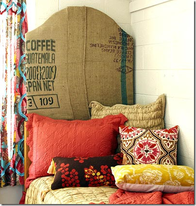 Bohemian style bedroom ideas evalotte daily home for Bedroom ideas boho