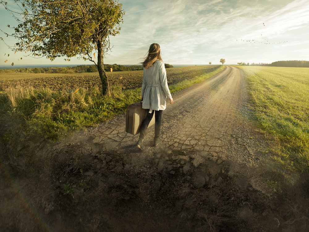 13-Do-not-Look-Back-Erik-Johansson-Photography-and-Photo-Manipulations-in-Surreal-Worlds