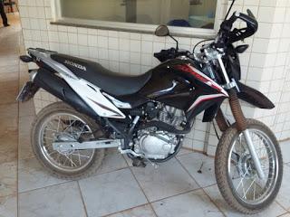 Policia Civil recupera moto que foi roubada em uma loja de confecções no Bairro da Floresta