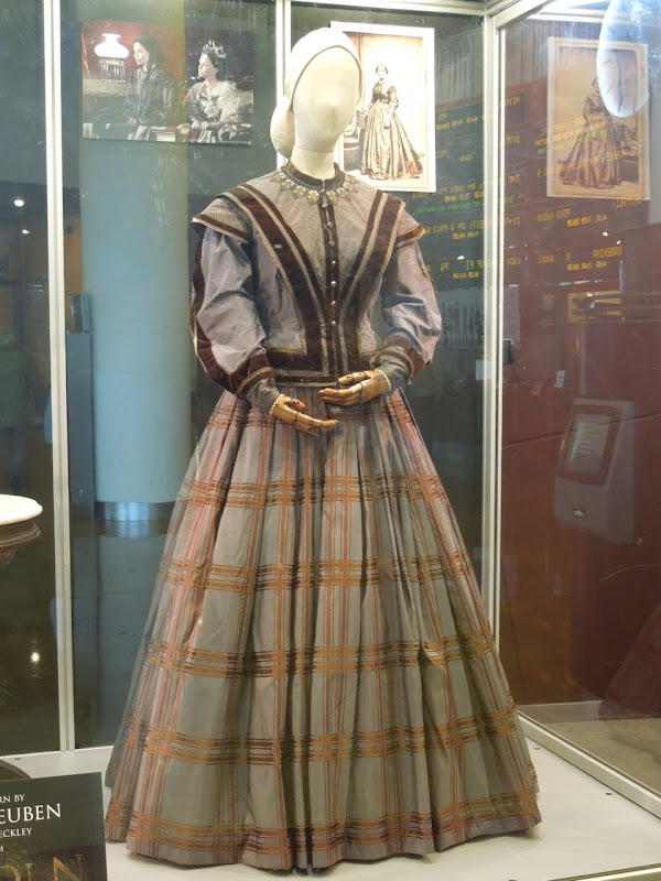 Gloria Reuben Elizabeth Keckley Lincoln movie costume