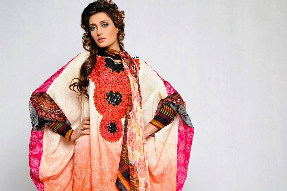 AeishaVarseyDesignerLawn2013 2014 - Dress Of the day 18th May 2013