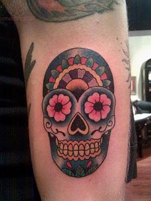 Modelos de tatuagens masculinas de caveira mexicana