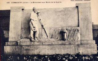 CPA monuments aux Morts de l'Allier, Commentry