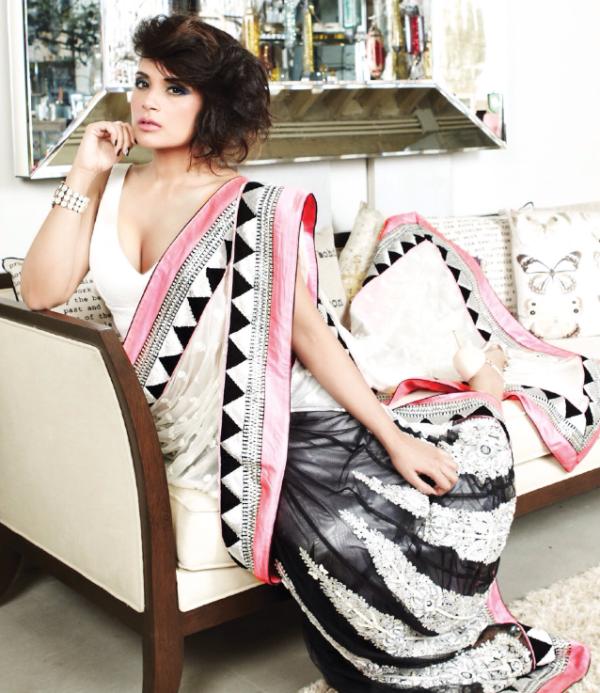Richa Chadda hot cleavage hd wallpaper