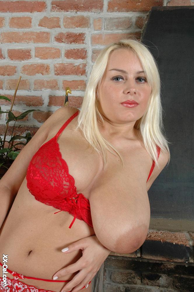 Melissa Mandlikova Fucks 98