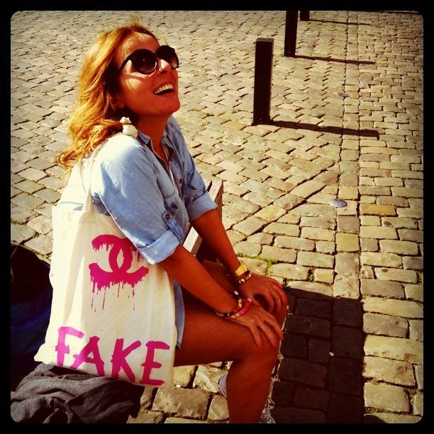 Chanel : )