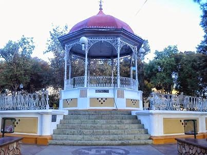 EL  KIOSCO  DE  NOCHIXTLÁN