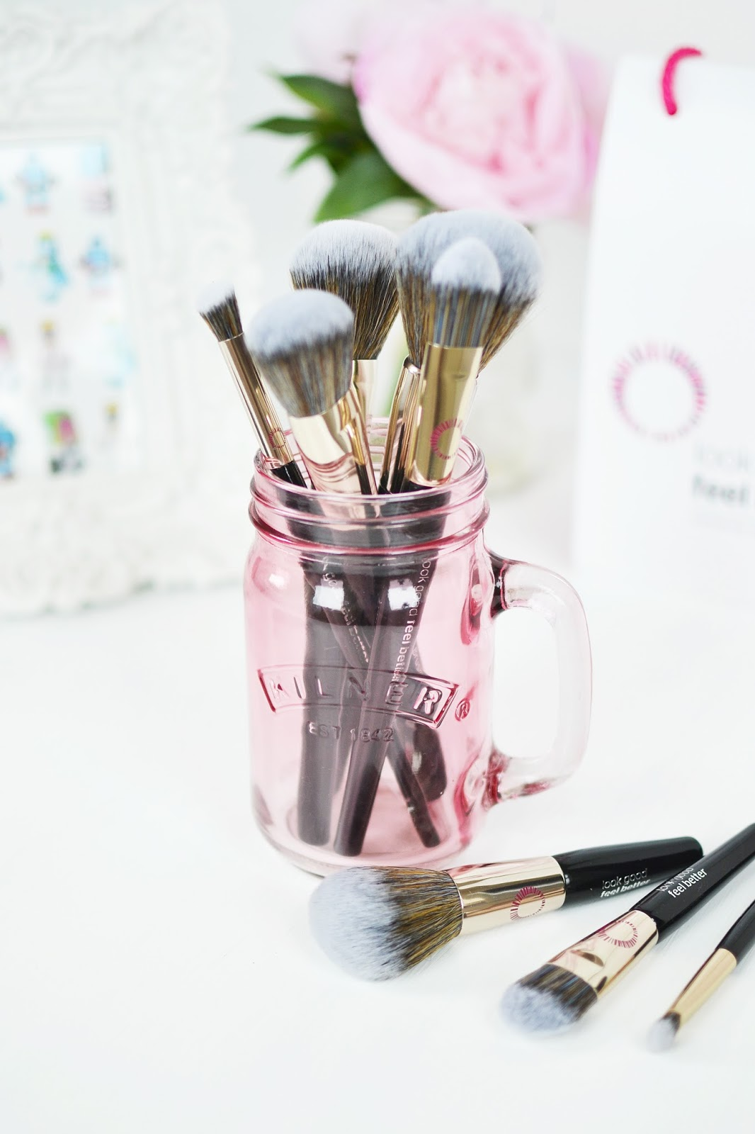 quality make up brushes from look good feel better