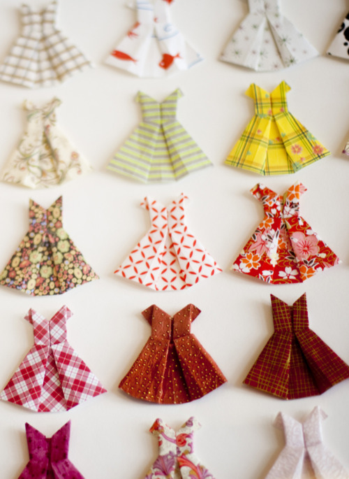 すべての折り紙 折り紙 箱 可愛い : Origami Paper Dress