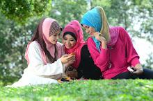 Dapatkan Busana Muslim/Hijab Di Sini