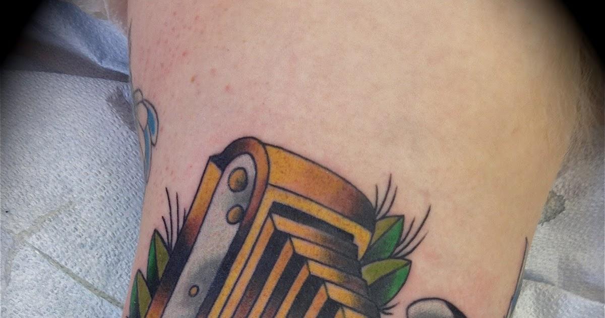 Camera Line Drawing Tattoo : Camera line drawing tattoo imgkid the image