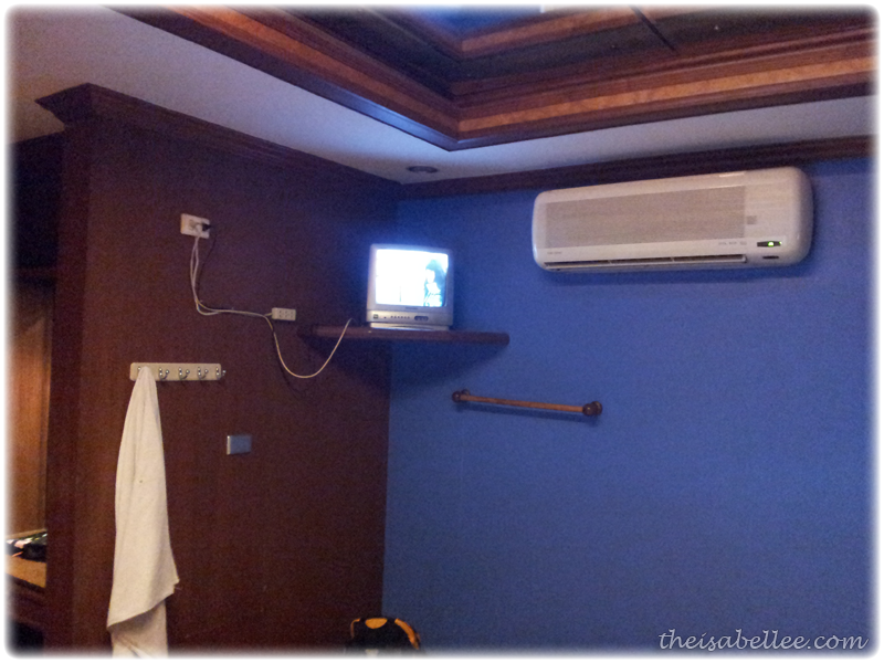 Air conditioning and TV at Star Inn Hotel Bangkok