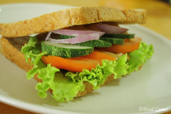 Cucumber and Tomato Sandwich-Sandwiches idea