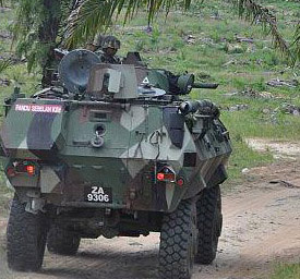 kereta kebal tentera malaysia di lahad datu sabah