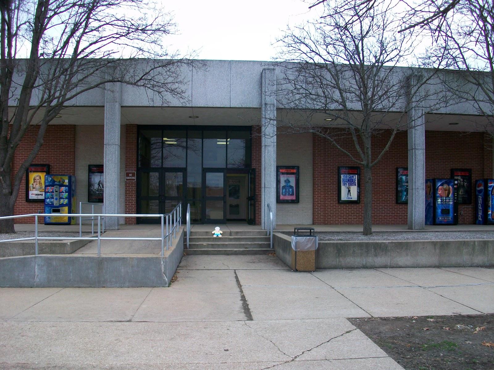 Fort leonard wood movie theater