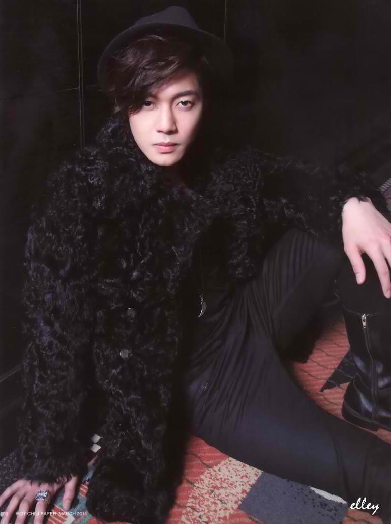 Kim Hyun Joong Kim-Hyun-Joong-Hot-Chili-Paper-4