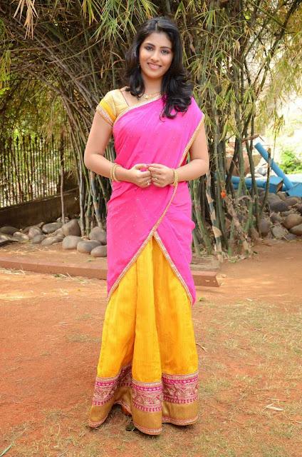 Kruthika Jayakumar in Beautioful Orange Saree HQ Pics Must see