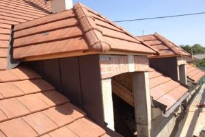 Une couverture de toit dans le 95