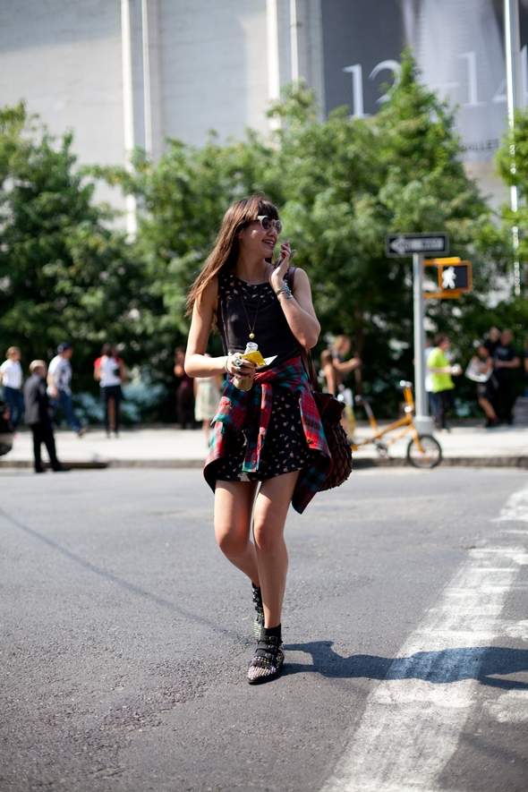 flannel shirt buckle shirts dresses summer fashion new york street style clear frame sunglasses boho bag crossing the street the stypepreneur